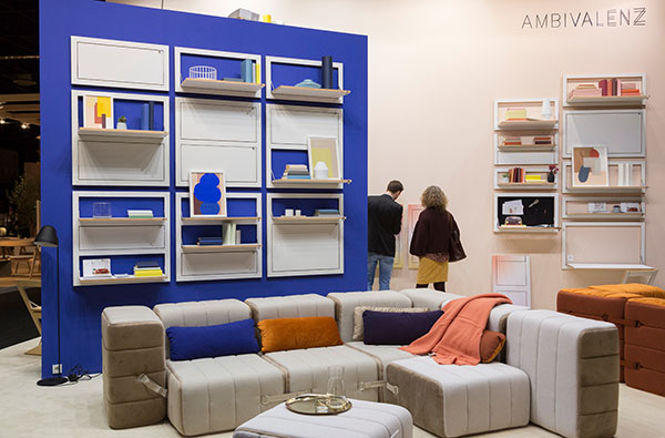 Space-saving design and flexible furniture could be admired and tried out at the trade fair stand of the German furniture company Ambivalenz. The design label thus addresses a trend theme and was a hot spot at imm cologne 2020. © Koelnmesse)