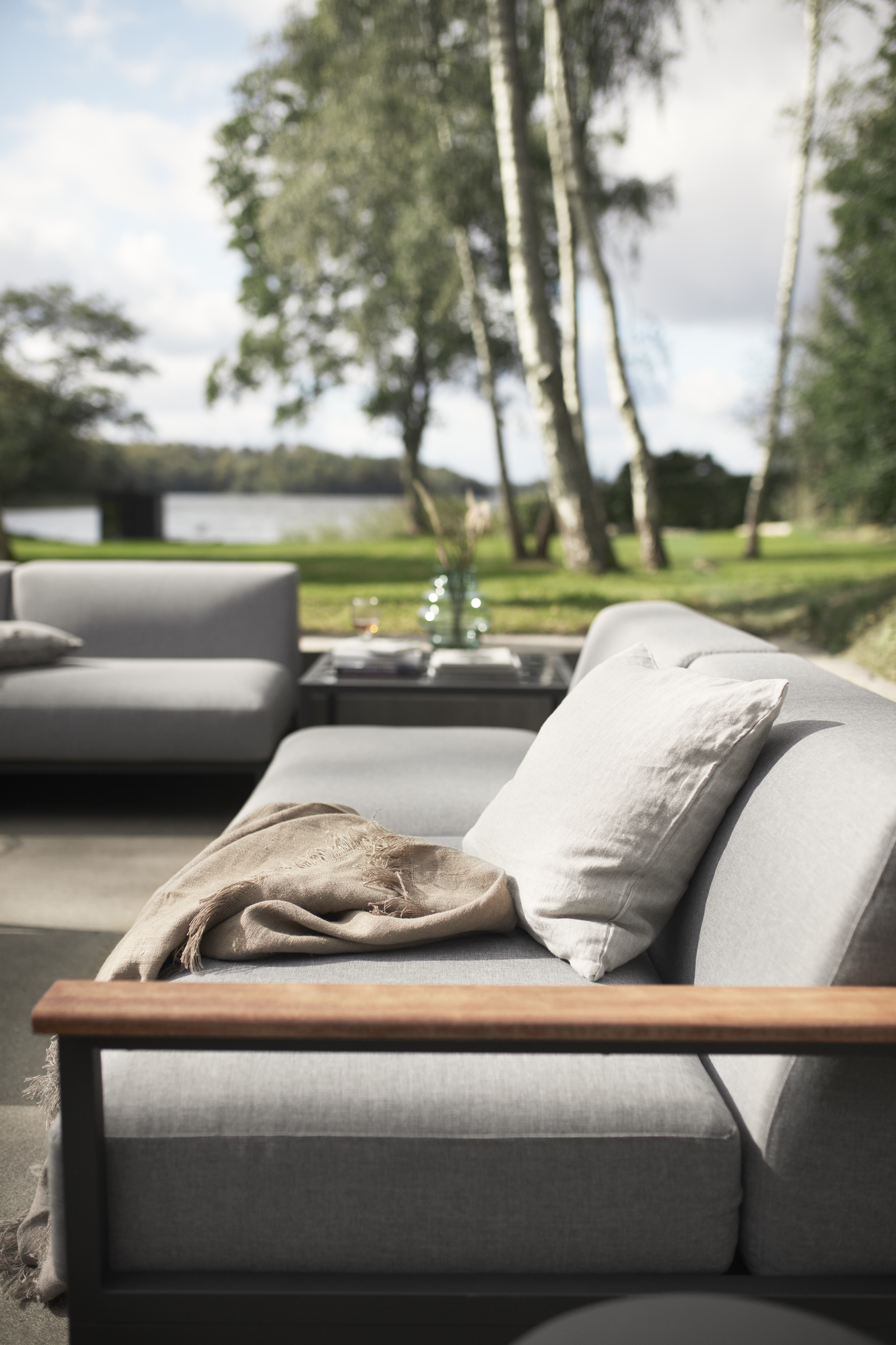 Rome, for lounging in the garden, on the balcony or patio © BoConcept