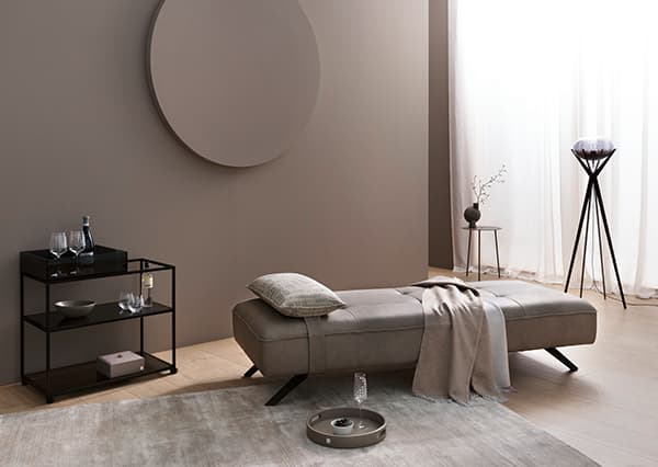 Square Daybed with Home-Decor accessories © Joop!