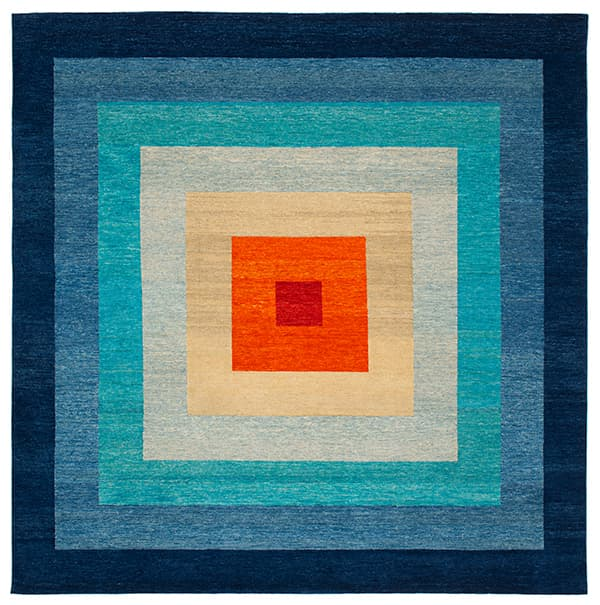 Hand-knotted carpet Yantra with the square as its base © Jan Kath