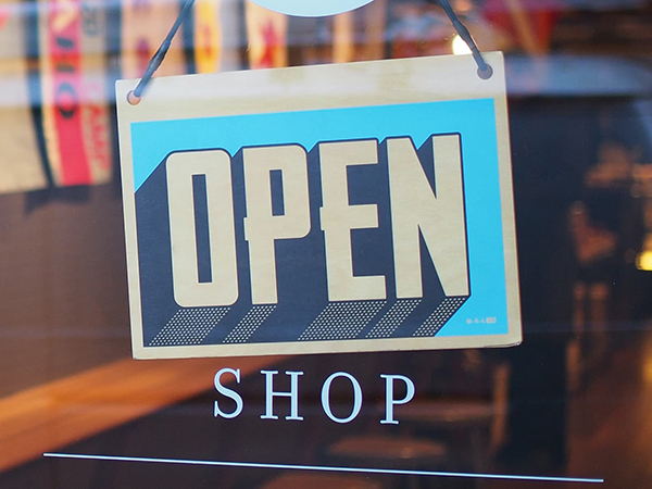 Young companies are increasingly foregoing sales via bricks-and-mortar retail. © Unsplash / Mike Petrucci