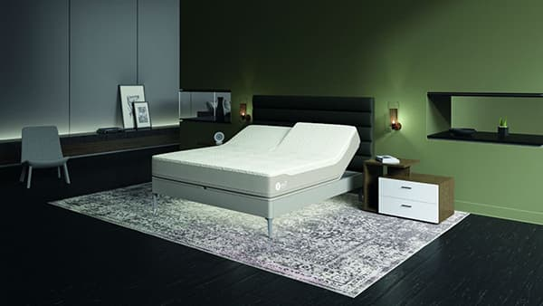 Smart bed with personalised information for better sleep. © Sleep Number