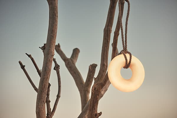 Donut rechargeable ring lamp © Bolia