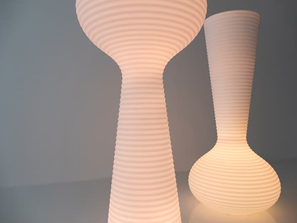 Light and planter: the Bloom Collection © Vondom