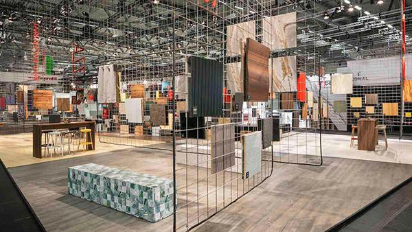 The Piazza Trends in Surfaces & Wood Design by Katrin de Louw at interzum 2019. © Koelnmesse