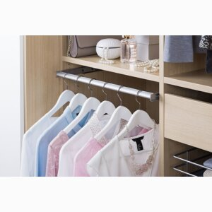 Wardrobe, Extandable closet rod