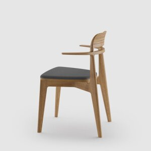 tangenta chair with armrests