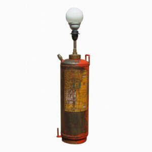 Floor lamp fire extinguisher
