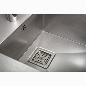 Kitchen Sinks and Washbasins