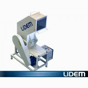 Compact shredding mill for foam, latex and memory foam