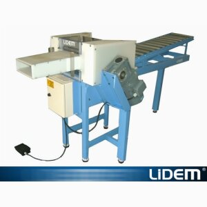 Pillow casing machine