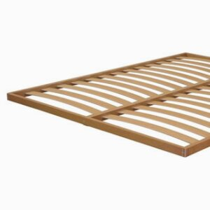 Flat orthopaedic beech multiply base with fixed slats of 68 mm