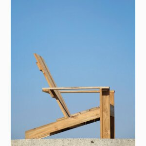 Batten lounge chair