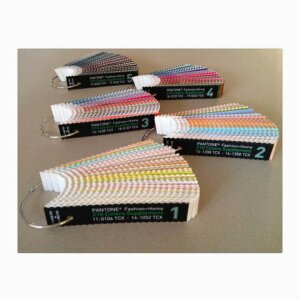 210 New PANTONE Cotton Strips - numerical order on 5 rings item code: PCS210