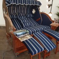Beach chair for three persons