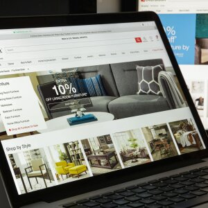 How furniture dealers optimise their online shop