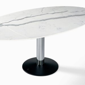 Noble and high quality: furniture made of marble