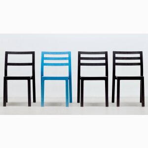 ST10 stacking chair