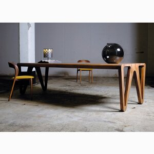 dining table Kim design award 2019