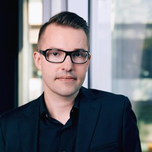 "Christian Schneider is Director of Strategy at Agentur Pilot and supervises the ""pilot Radar"" study. He regularly presents the latest results on the study's website."
