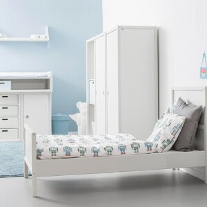 The versatile Profilsystem by Flötotto, also available for children's rooms
