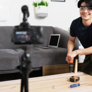 Show your videos to the furniture industry