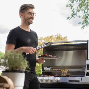 Family-owned Miele enters the outdoor cooking business. The group acquires 75.1% of the shares in the Düsseldorf-based barbecue manufacturer Otto Wilde.
