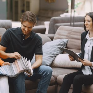 Service award and good prospects for furniture stores