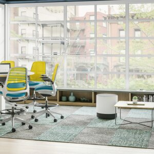 The upward trend in the office furniture industry continues in the first half of 2021. New office requirements are shaping demand.
